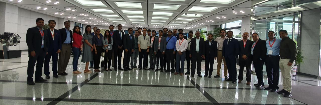 Yi Global Excellence Mission to The Republic of Korea 25 - 30 August 2019 Visit to Hyundai Motors, Busan