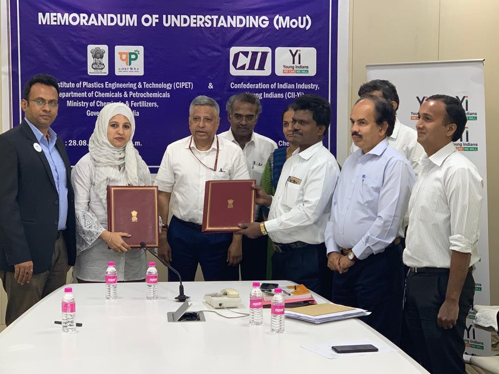 Yi YUVA MoU signing with Central Institute of Plastics Engineering & Technology(CIPET)